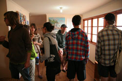 Students meet at Spanish language school in Pichilemu