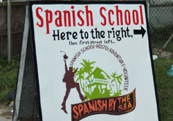 Arrival sign to study Spanish in Bocas del Toro